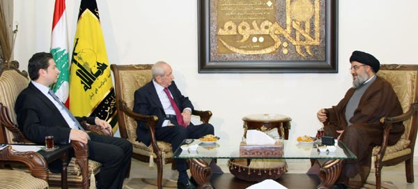 L' ancien PM Karamé et son fils Fayçal chez sayed Nasrallah