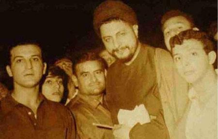 sayed Moussa avec ses élèves