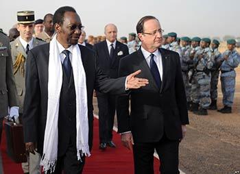 Hollande au Mali, un général victorieux.