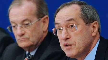L'ex-ministre français de l'Intérieur Claude Guéant en garde à vue.