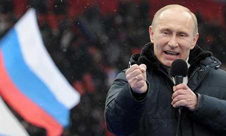 Les attaques des médias occidentaux soudent la société russe, selon des experts