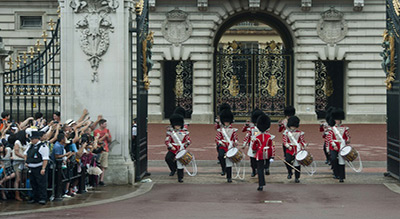 Effervescence inhabituelle autour de Buckingham Palace