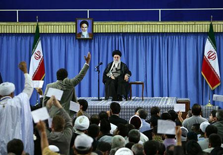 Sayed Khamenei: Nous allons contrer avec force toute infiltration US en Iran.