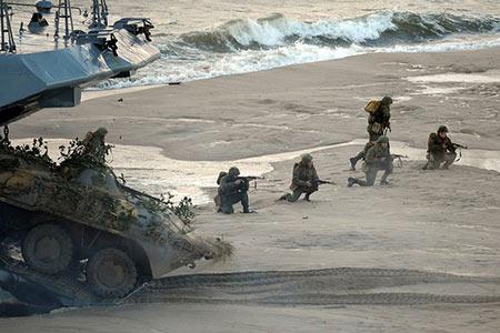 L'armée russe lance ses plus grandes manœuvres militaires depuis le début de l'année