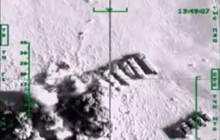 Plus de 1.000 camions-citernes de «Daech» détruits en Syrie par les avions russes