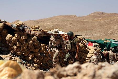 Les Kurdes irakiens lancent une vaste offensive pour reprendre Sinjar à «Daech».