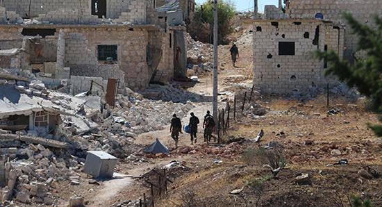 Les terroristes menacent d'abattre les civils qui tentent de quitter Alep.