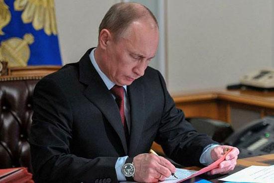 Poutine ratifie l'accord sur la présence des avions russes en Syrie