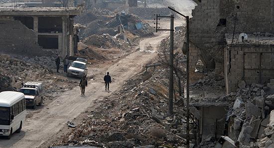 A Alep, les terroristes «faisaient des fortunes grâce au trafic d'aide humanitaire».