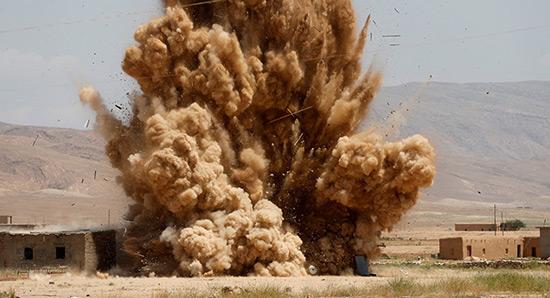 Irak: nouvelle frappe US «par erreur», 90 morts, 100 blessés.