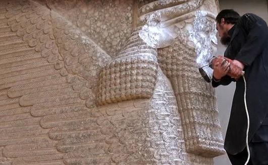 Irak: l'Unesco veut sauver «d'urgence» Nimrod, vandalisée par «Daech».