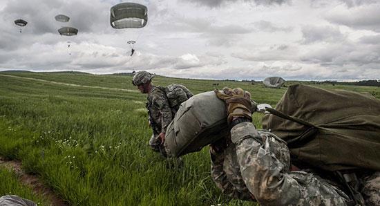 L'Otan s'apprête à déployer 4.000 militaires dans les pays baltes.