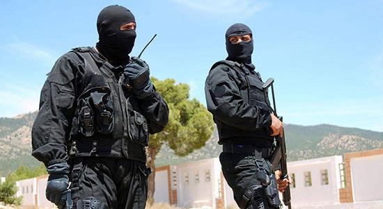 Algérie: un attentat contre un centre commercial déjoué.