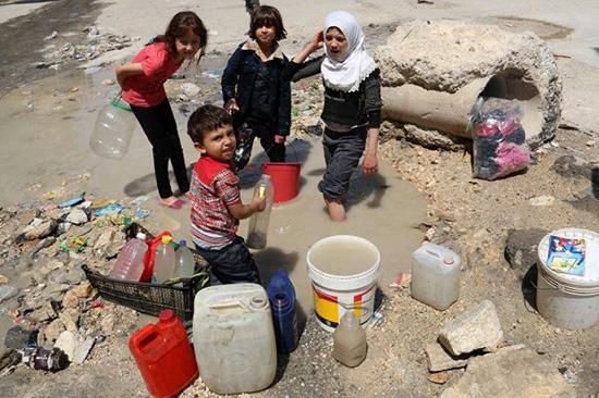 Cinq millions de Damascènes assoiffés par les extrémistes: l'Occident ferme les yeux