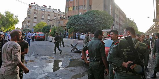 Triple attentat suicide près du siège de la police à Damas, deux martyrs