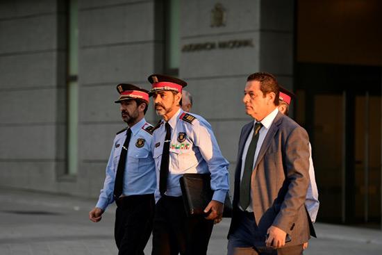 Catalogne: le chef de la police catalane devant la justice à Madrid.