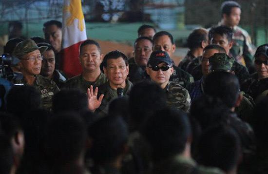 Philippines: Marawi «libérée» de «Daech» mais les combats continuent, dit Duterte.