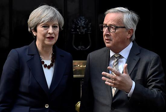 Brexit: Juncker et May conviennent d'«accélérer les efforts» pour un accord.