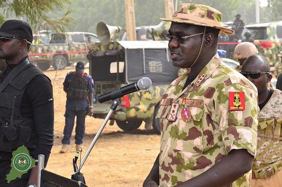 Nigeria: un «effort collectif» nécessaire contre «Boko Haram», dit le chef de l'armée.
