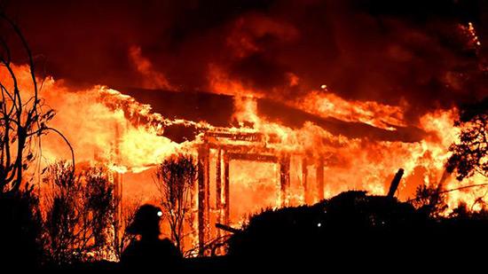 USA: les incendies ont fait 17 morts dans le nord de la Californie.