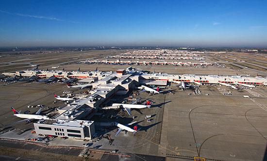 Électricité rétablie à l'aéroport d'Atlanta, un millier de vols ont été annulés