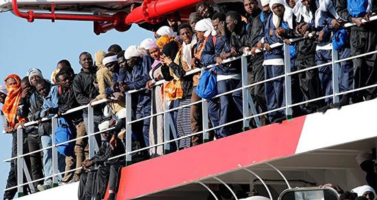 Loterie Green Card: Trump qualifie les migrants de «déchets».