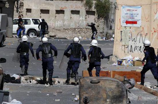 Bahreïn: Le régime tue 3 jeunes sous prétexte qu'ils tentaient de fuir vers l'Iran