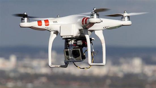 Iran: le survol de drones privés interdit à Téhéran