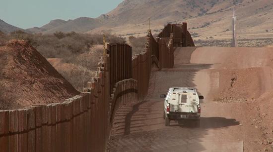 Mur de séparation entre les Etats-Unis et le Mexique: Un pas vers plus d'instabilité à Washington