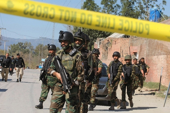 Afghanistan: 11 policiers tués par un collègue lié aux «Taliban»