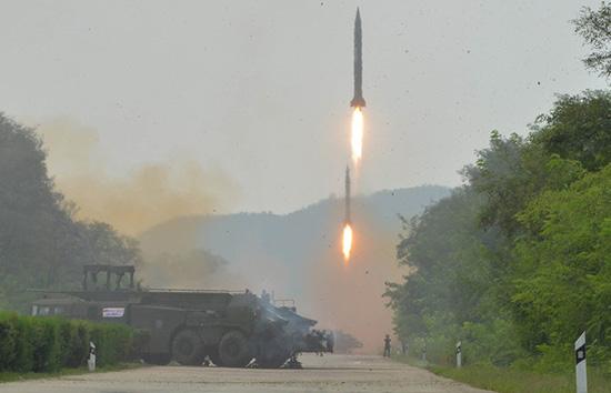 La Corée du Nord tire plusieurs missiles en mer du Japon