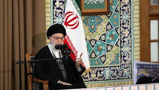 Sayed Khamenei: l'ennemi utilise l'économie pour saper la confiance du peuple en l'Ordre islamique