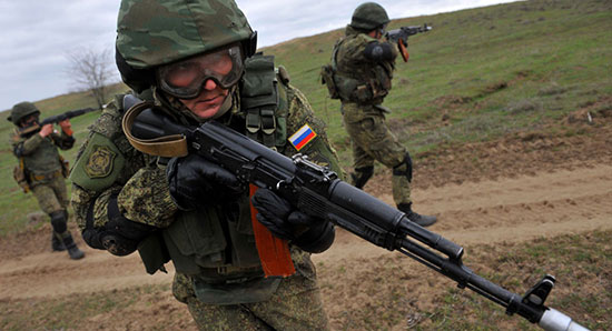 L'armée russe déclenche des manœuvres surprises dans le sud du pays