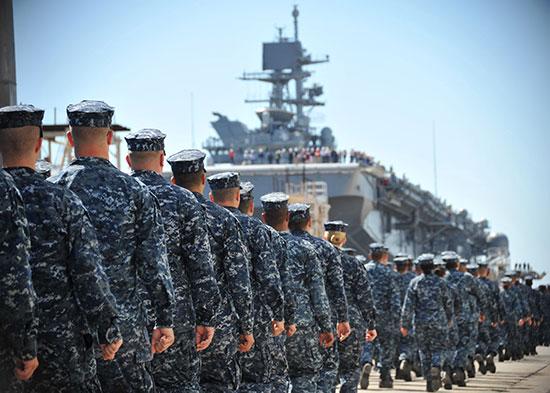 Huit officiers de l'US Navy accusés d'avoir vendu des secrets militaires