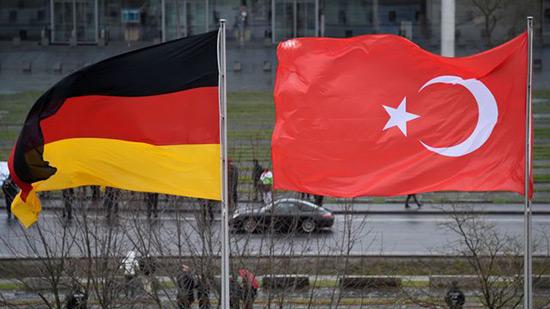 Allemagne: enquête sur 20 Turcs soupçonnés d'espionnage.