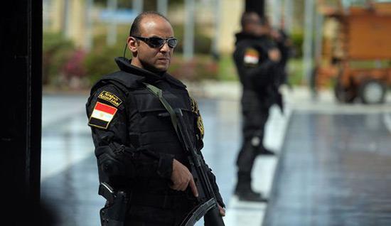 Egypte: arrestation de 13 «terroristes» préparant des attentats.