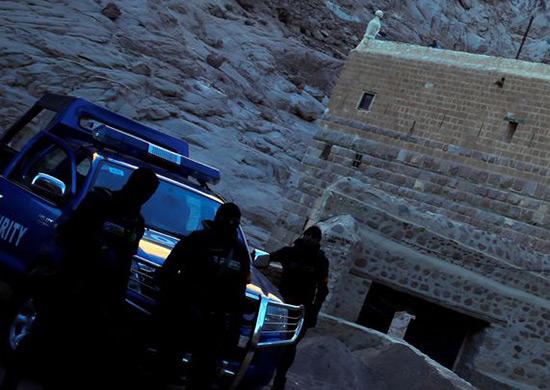 Egypte: attaque près du monastère de Sainte Catherine dans le Sinaï, un policier tué.