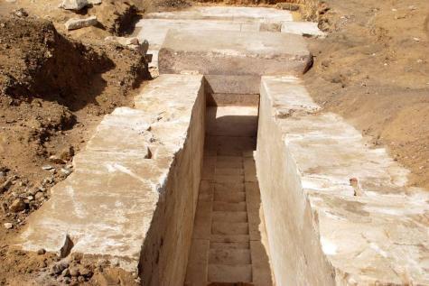 Les restes d'une pyramide vieille de 3.700 ans découverts en Egypte, «en bon état»