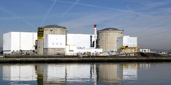 Fermeture de la plus vieille centrale nucléaire française: un décret avant la fin du mandat Hollande.