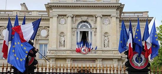 Agression US en Syrie: Paris ne souhaite aucune confrontation avec Téhéran et Moscou.
