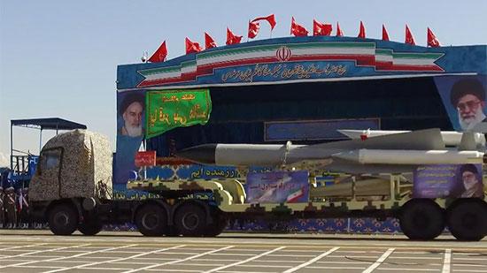 L'Iran dévoile des missiles à longue portée et assure défendre «toute la région du Moyen-Orient»