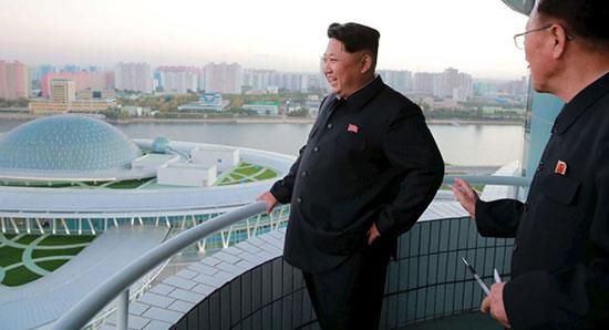 Pyongyang promet de répondre au déploiement «insensé» de la Marine US