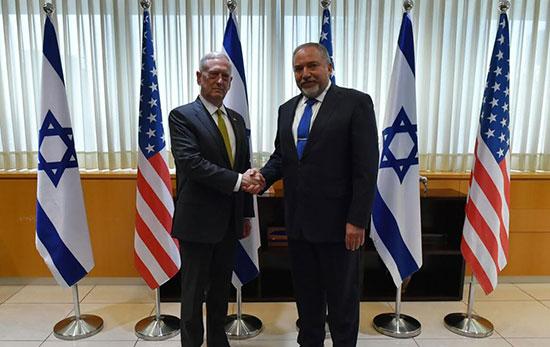 Mattis, en «Israël», poursuit la propagande US contre Damas