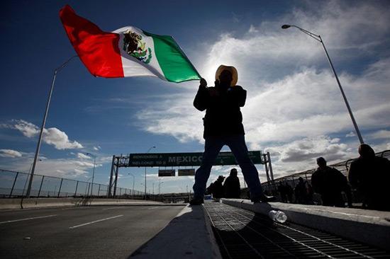 Bond des demandes d'asile au Mexique depuis l'élection de Trump.