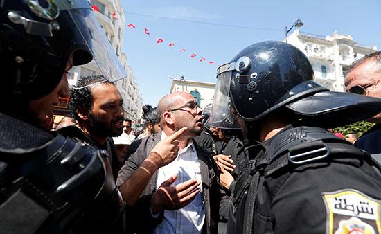 Tunisie: journée de colère des étudiants après des «violences policières»