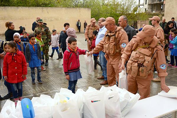 Syrie: 7,9 t d'aide humanitaire russe pour les habitants d'Alep et de Lattaquié.