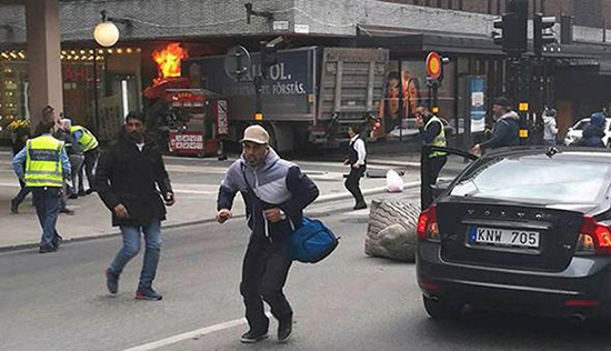 Suède/attentat: le suspect «reconnaît avoir commis un acte terroriste».