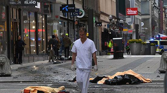 Quatre personnes décédées dans l'attentat au camion-bélier à Stockholm