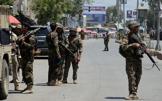 Afghanistan: le siège de la télévision publique attaqué, deux assaillants morts