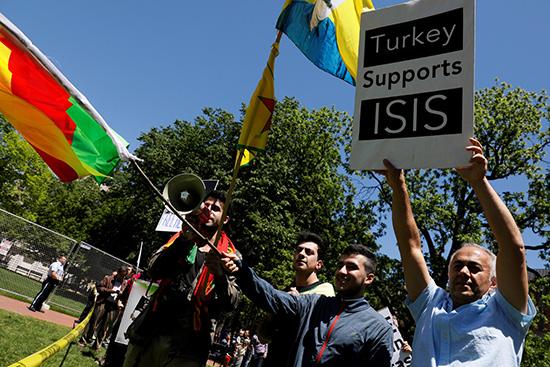 Affrontements à Washington en marge de la visite du président turc: 9 blessés